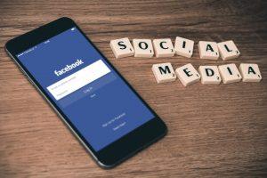 Moare social media?